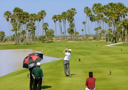 Nick Faldo opens first course in Cambodia