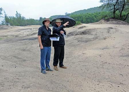 Sir Nick inspects Faldo Design project in Vietnam